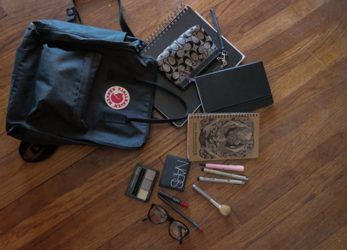 Whats in my bag? (1)